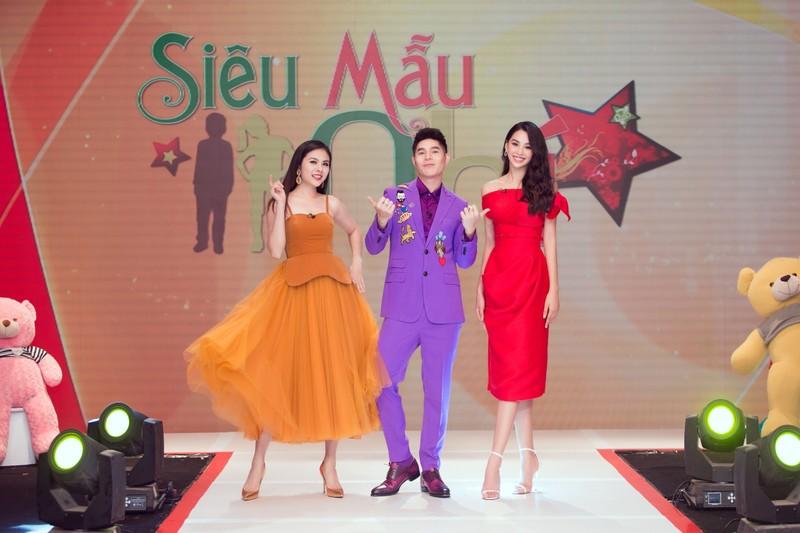Hoa hậu Tiểu Vy thị phạm cho các siêu mẫu nhí - ảnh 2