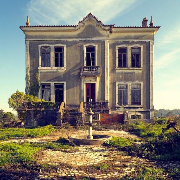 Những bức hình đáng kinh ngạc về những nơi bị bỏ hoang  - ảnh 19