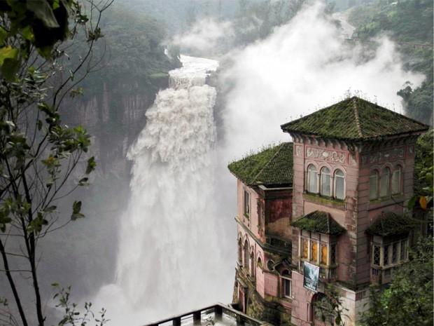 Những bức hình đáng kinh ngạc về những nơi bị bỏ hoang  - ảnh 17