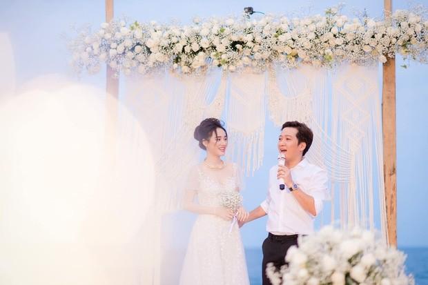 Trường Giang bất ngờ khoe ảnh đính hôn Nhã Phương 2 năm trước - ảnh 1