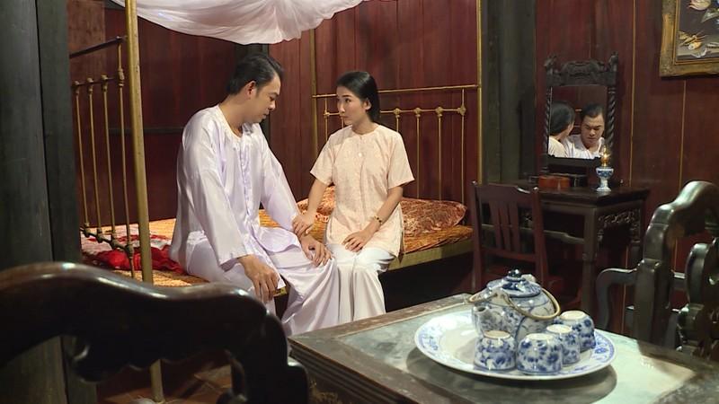 Lạ đời vợ khóc lóc năn nỉ chồng cưới vợ bé trong Luật trời - ảnh 4