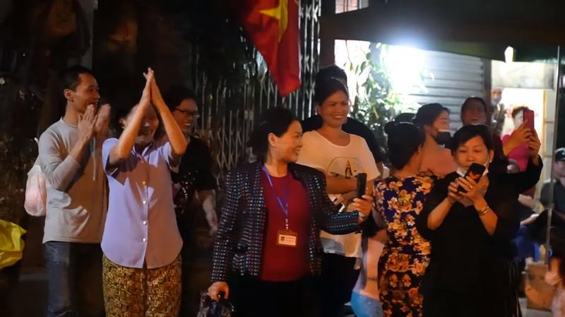 'Việt Nam sẽ chiến thắng' MV xúc động về chống dịch COVID-19 - ảnh 3