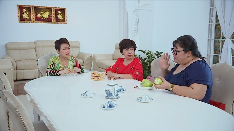 Việt Hương mắng Phi Phụng đã béo mà vẫn khoái ăn đồ ngọt - ảnh 3