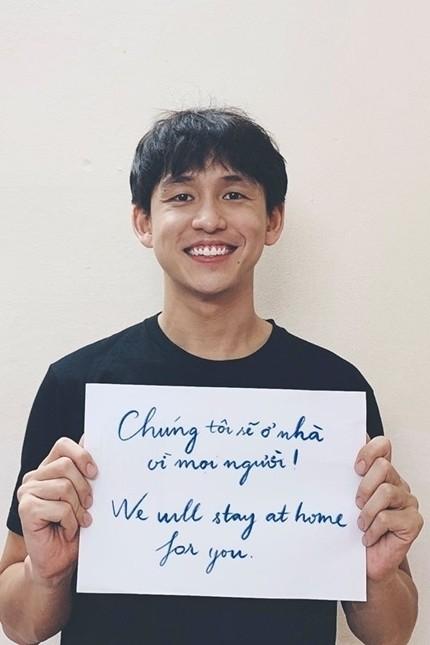 Trấn Thành cùng sao Việt kêu gọi người dân hạn chế ra đường  - ảnh 4