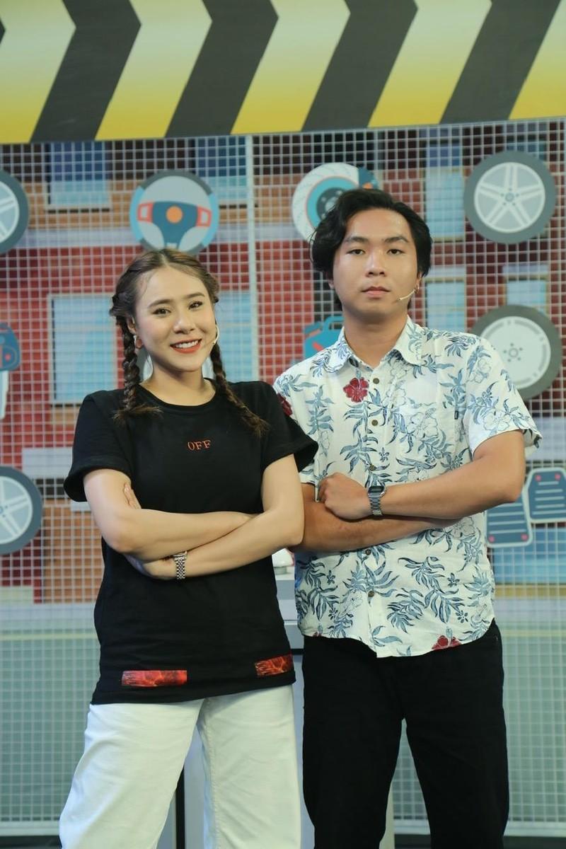 Trần Tùng Anh khiến khán giả sởn da gà khi hát giọng nữ - ảnh 2