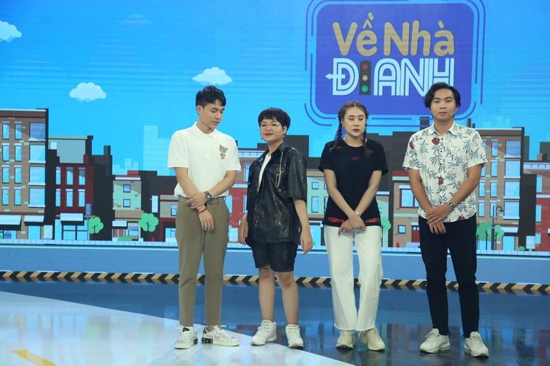 Trần Tùng Anh khiến khán giả sởn da gà khi hát giọng nữ - ảnh 1