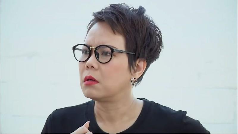 Hạnh Thúy hét giá trên trời khi bán mắt kính cho Việt Hương  - ảnh 4