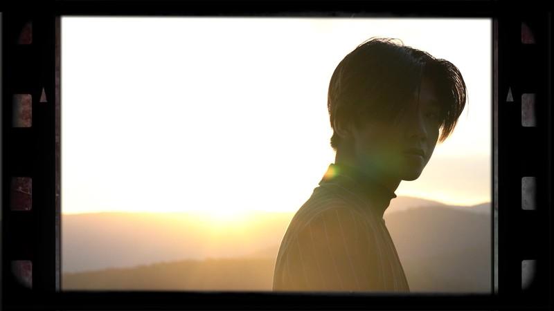 Soho phiêu lãng trong MV mới cùng cô nàng Simple Love - ảnh 3