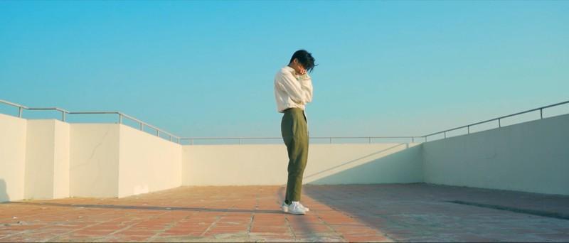 Soho phiêu lãng trong MV mới cùng cô nàng Simple Love - ảnh 5