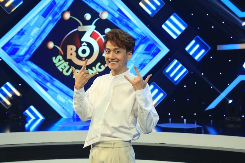 Ngô Kiến Huy làm MC Bộ ba siêu đẳng mùa thứ 2  - ảnh 1