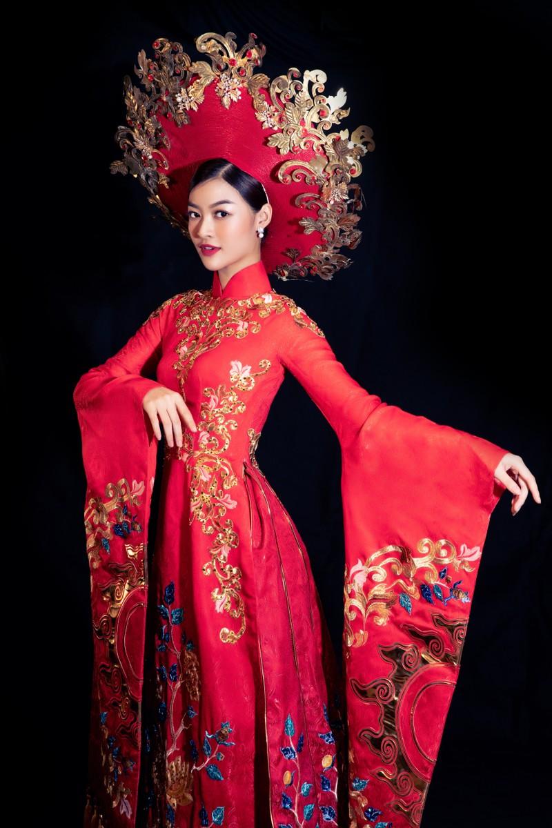Á hậu Kiều Loan khoe sắc trong trang phục áo dài 3 miền - ảnh 3