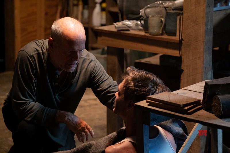 Bruce Willis trở lại trong phim hành động Đêm sống còn  - ảnh 5