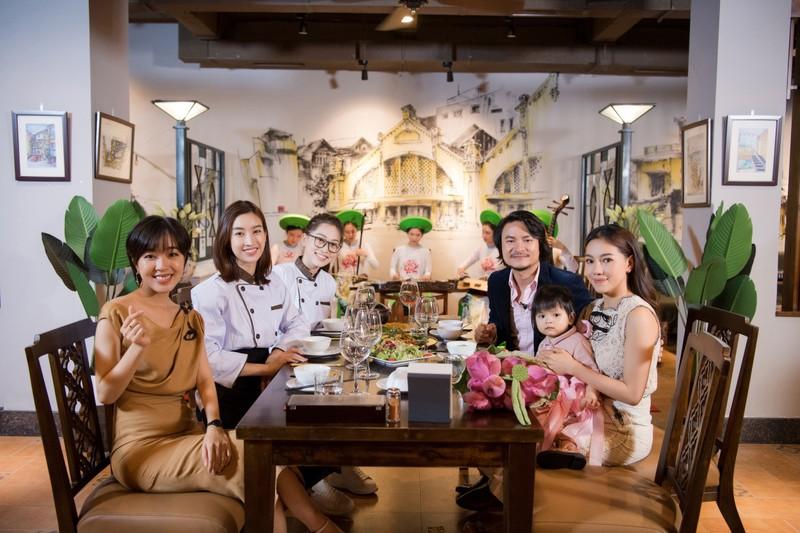 Bí quyết giữ lửa hạnh phúc của bà 'trùm' hoa hậu Phạm Kim Dung - ảnh 2