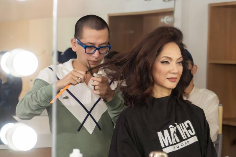 NSND Lê Khanh hy sinh mái tóc dài suốt 20 năm để đóng phim  - ảnh 3