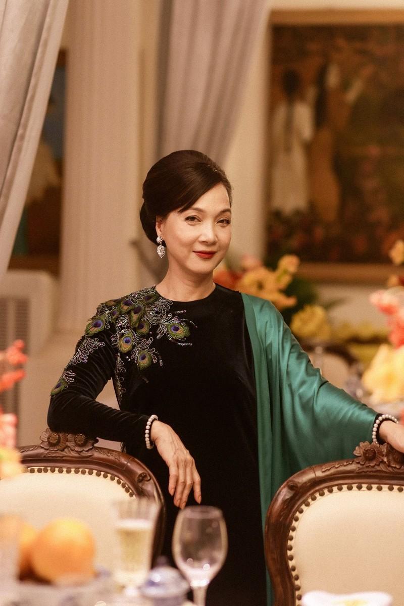NSND Lê Khanh hy sinh mái tóc dài suốt 20 năm để đóng phim  - ảnh 2