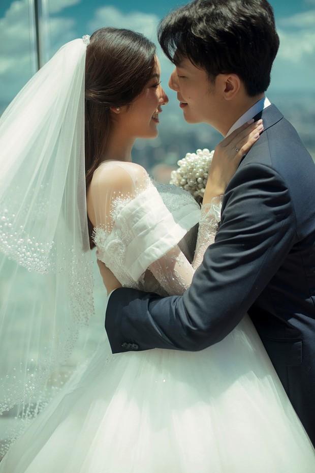 Á hậu Thúy Vân tung ảnh cưới đẹp lung linh trước thềm hôn lễ - ảnh 5