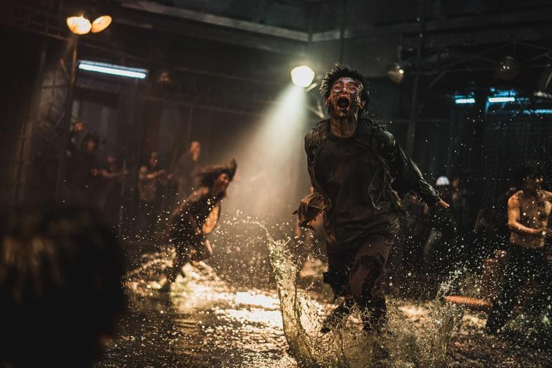 Bán đảo đạt nửa triệu vé sau 1 tuần cập bến Việt Nam - ảnh 3