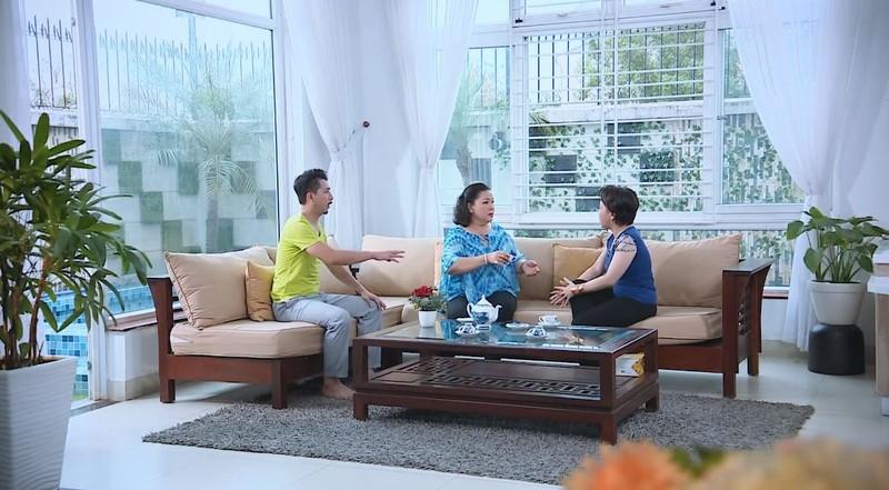 Nhân vật Việt Hương tức giận hùng hổ quát tháo làm loạn ở nhà - ảnh 3
