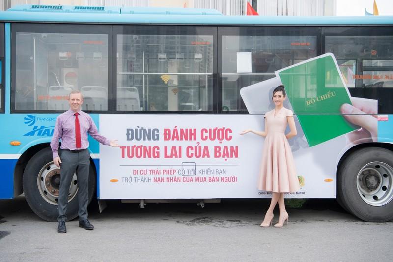 Hoa hậu Lương Thùy Linh tuyên truyền phòng chống mua bán người - ảnh 2