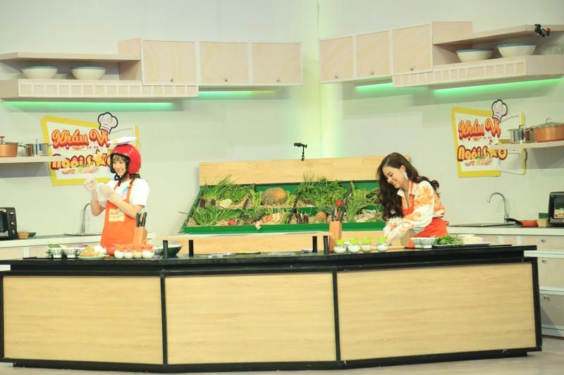 Nguyễn Hồng Thuận tiết lộ mẹ là người truyền cảm hứng nấu ăn  - ảnh 2