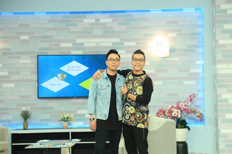 Nguyễn Hồng Thuận tiết lộ mẹ là người truyền cảm hứng nấu ăn  - ảnh 1