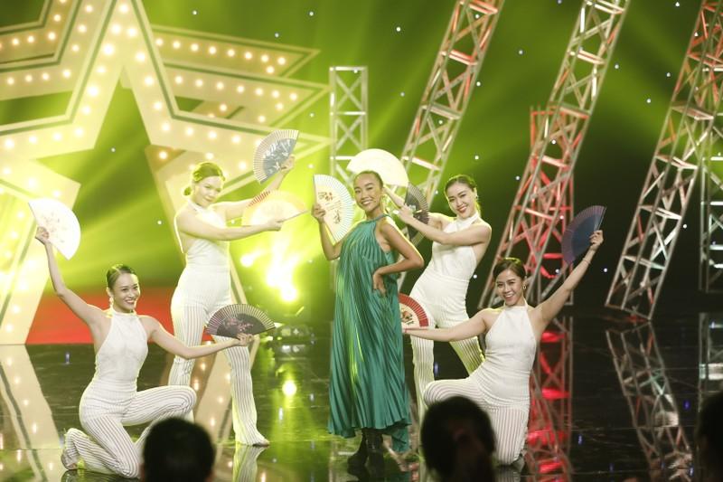 Ai đặt nickname 'Thỏi socola biết hát' cho ca sĩ Đoan Trang? - ảnh 3