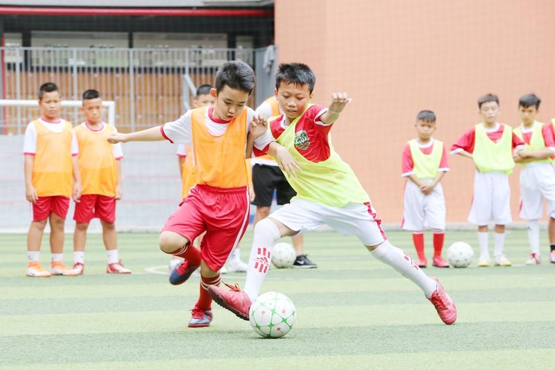 3 huyền thoại bóng đá Việt Nam hội ngộ tại Cầu thủ nhí 2020 - ảnh 5