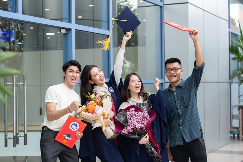 Á hậu Phương Nga tốt nghiệp đại học Kinh tế Quốc dân - ảnh 7