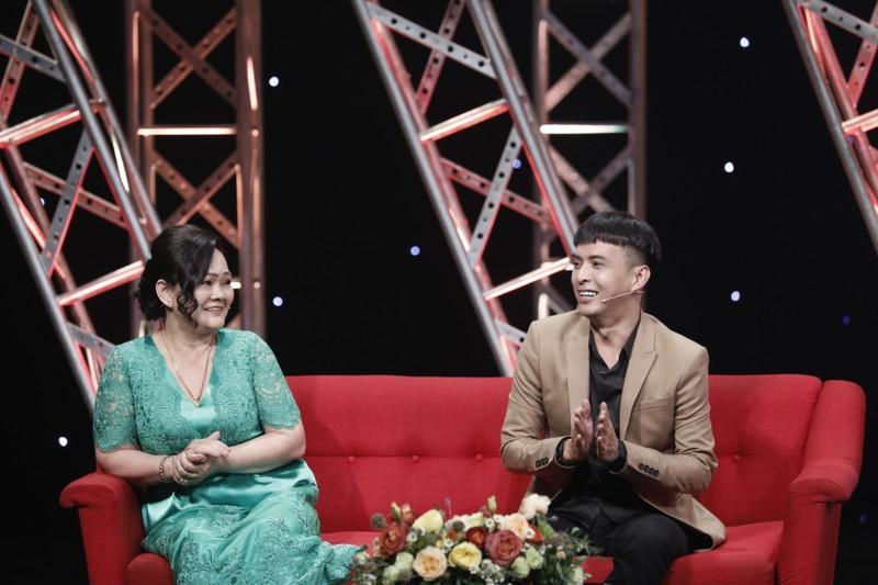 Hồ Quang Hiếu luôn có mẹ bên cạnh trong sự nghiệp - ảnh 2