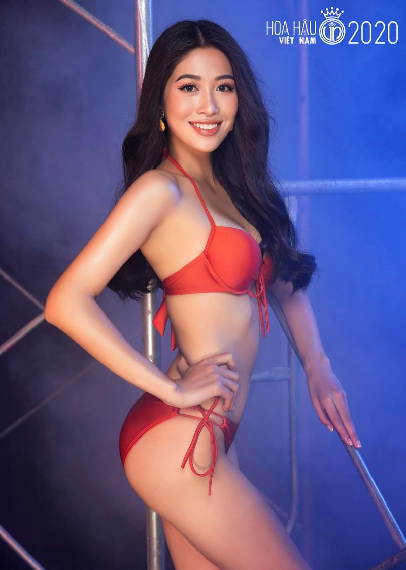 Cuộc chiến bikini của dàn thí sinh Hoa hậu Việt Nam - ảnh 60