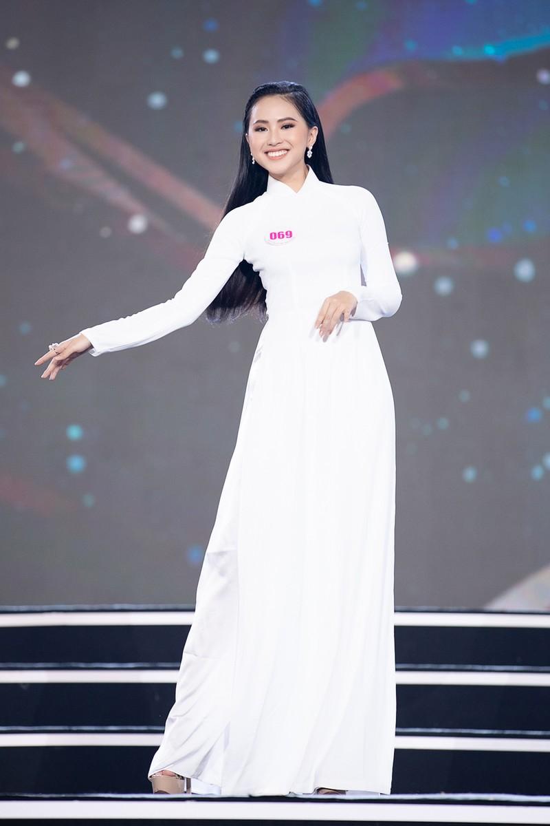 Ngắm Áo dài trong đêm Bán kết Hoa hậu Việt Nam 2020 - ảnh 13