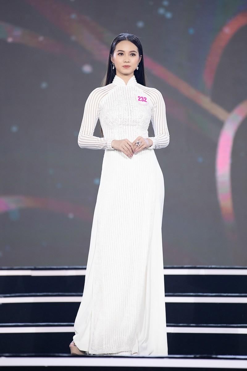 Ngắm Áo dài trong đêm Bán kết Hoa hậu Việt Nam 2020 - ảnh 9