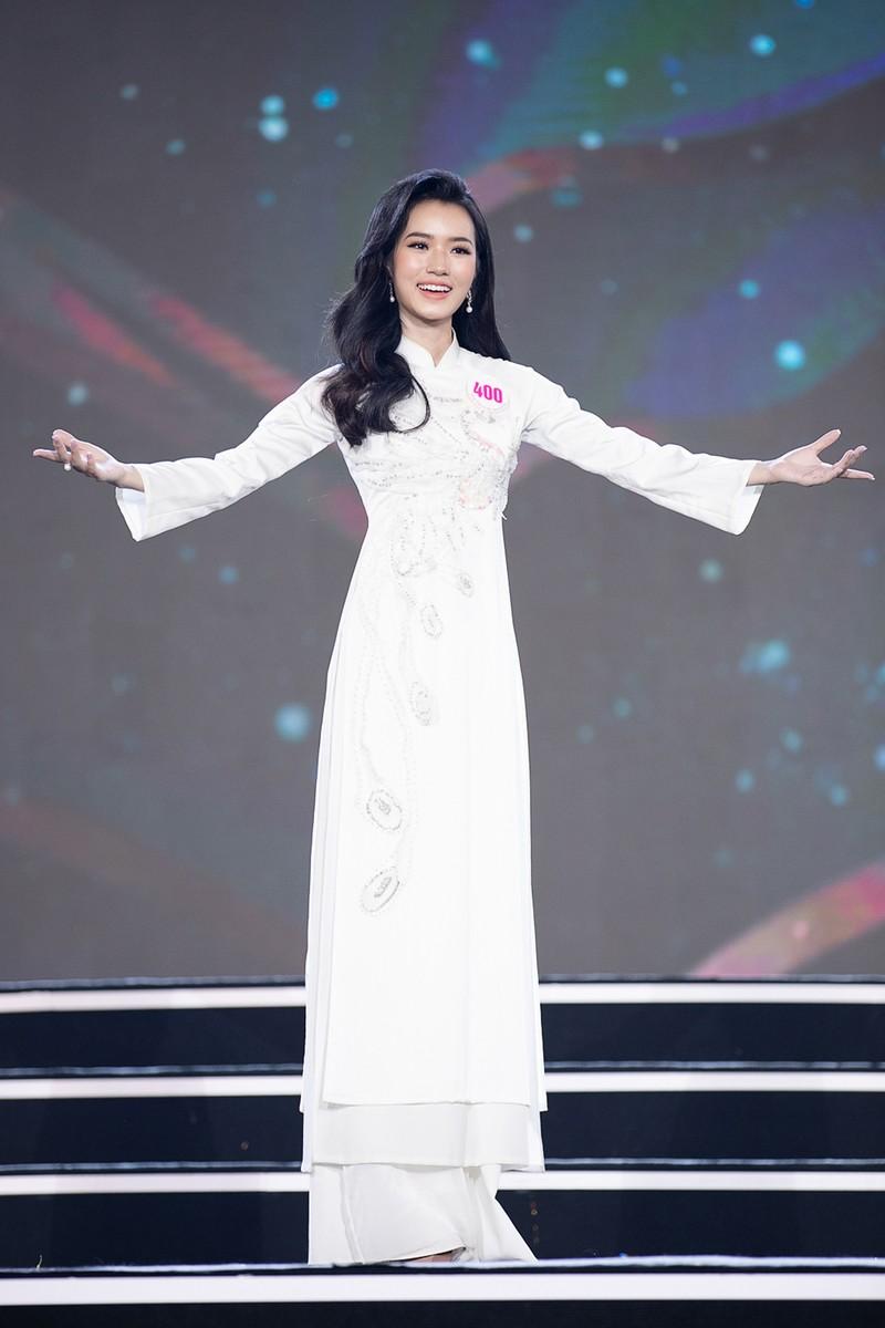 Ngắm Áo dài trong đêm Bán kết Hoa hậu Việt Nam 2020 - ảnh 11