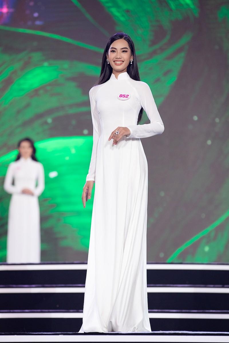 Ngắm Áo dài trong đêm Bán kết Hoa hậu Việt Nam 2020 - ảnh 12