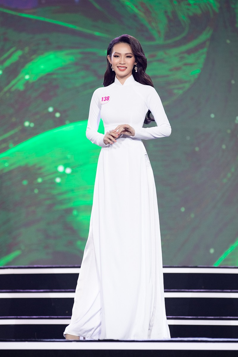 Ngắm Áo dài trong đêm Bán kết Hoa hậu Việt Nam 2020 - ảnh 6