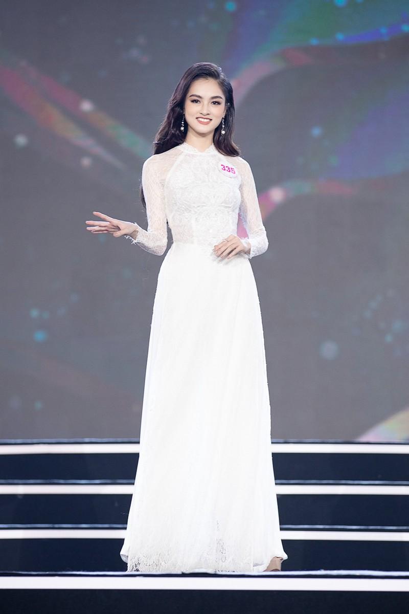 Ngắm Áo dài trong đêm Bán kết Hoa hậu Việt Nam 2020 - ảnh 15