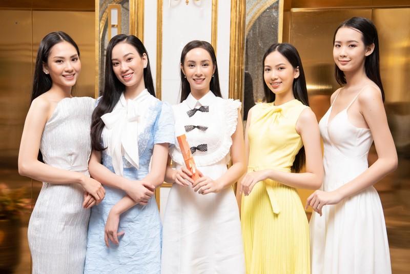 Tốp 35 thí sinh hoa hậu Việt Nam với giải Người đẹp Nhân ái - ảnh 3