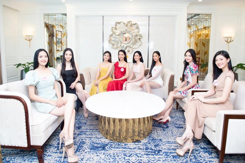 35 thí sinh Hoa hậu Việt Nam hội tụ tại Vũng Tàu - ảnh 2
