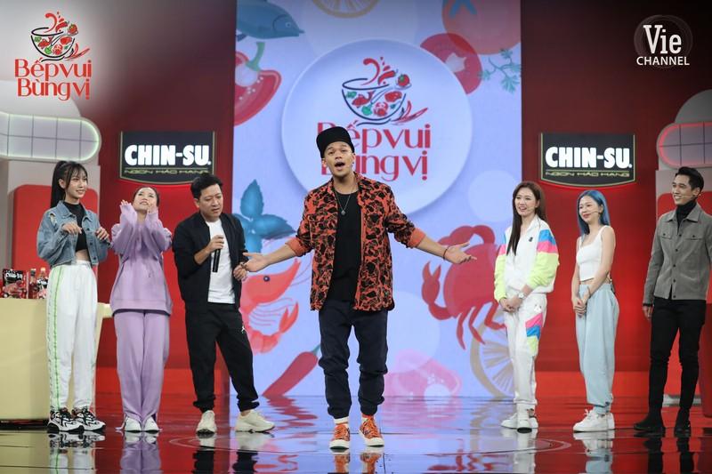 MC Trường Giang khoái chí khi Lâm Vỹ Dạ đồng ý mở trận rap  - ảnh 3