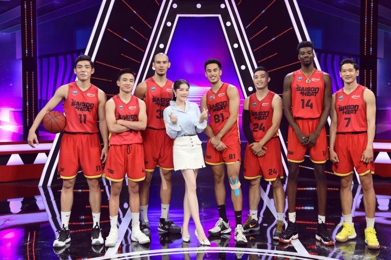 Trường Giang 'tặng' Lý Nhã Kỳ cho hot boy bóng rổ? - ảnh 5