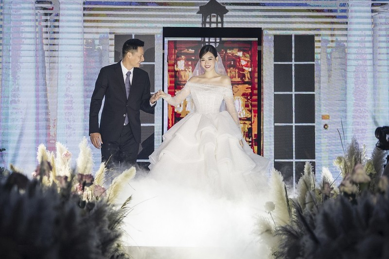 Á hậu Tường San chính thức kết hôn - ảnh 6