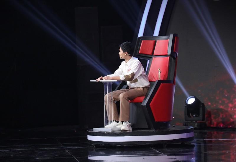 Rhymastic thu mình trước giám khảo gạo Siêu trí tuệ Việt Nam - ảnh 3