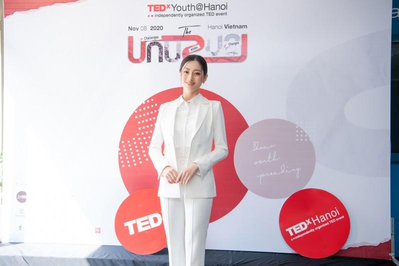 Lương Thuỳ Linh làm diễn giả bằng tiếng Anh - ảnh 2