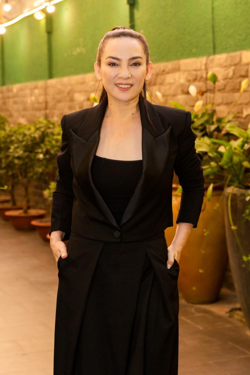 3 danh ca hải ngoại lần đầu hát 'Nhẫn cưới' tại Việt Nam - ảnh 4