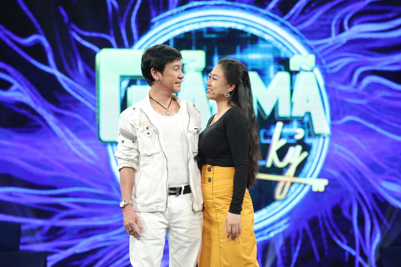 Giải mã chuyện tình diễn viên Lê Huỳnh cùng vợ kém 30 tuổi  - ảnh 1