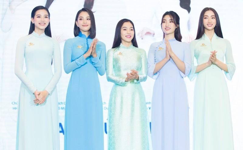 Dàn Hoa, Á hậu thanh lý quần áo ủng hộ Quỹ vaccine phòng COVID-19 - ảnh 4