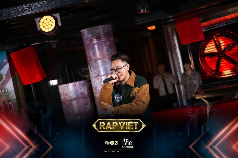Cao Bá Hưng khiến fan phấn khích vì bản rap 'nghe vẻ nghe ve' - ảnh 2