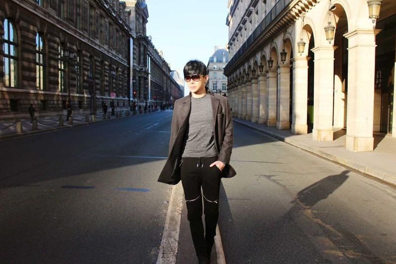 Ca sĩ Nathan Lee hủy chuyến bay sang Pháp để ở lại Việt Nam - ảnh 3