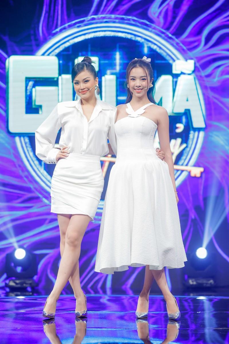Á hậu Diễm Trang, Thúy An chia sẻ về tình chị em thân thiết - ảnh 1