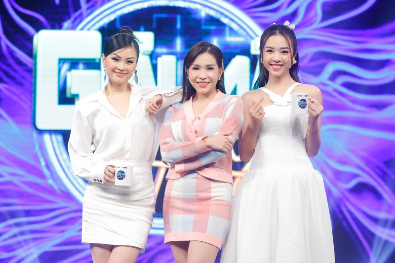 Á hậu Diễm Trang, Thúy An chia sẻ về tình chị em thân thiết - ảnh 7